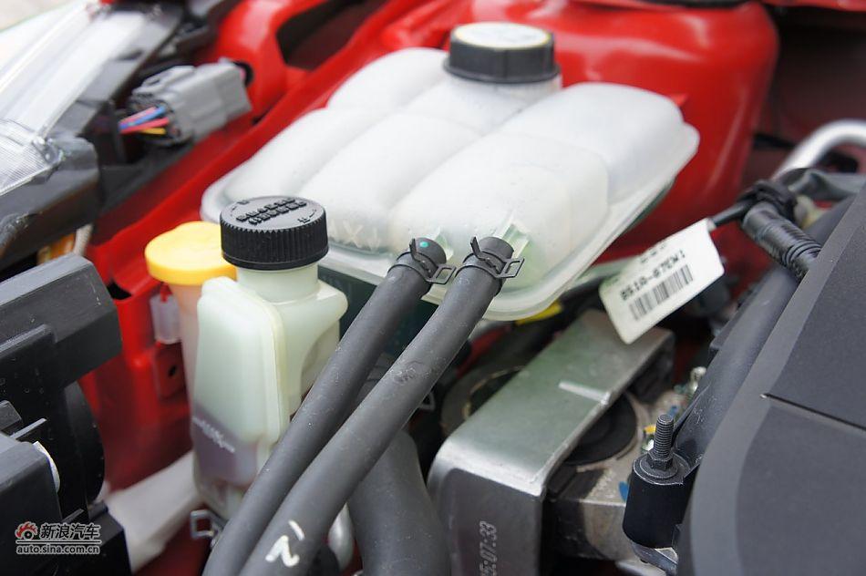 2011款马自达3星骋2.0自动 马自达3星骋引擎底盘图片6707496高清图片