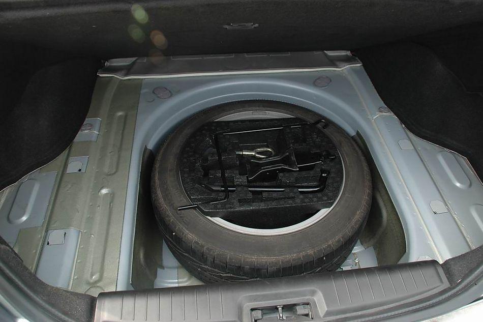 荣威750备胎揭阳市哪里有DS7卖图片