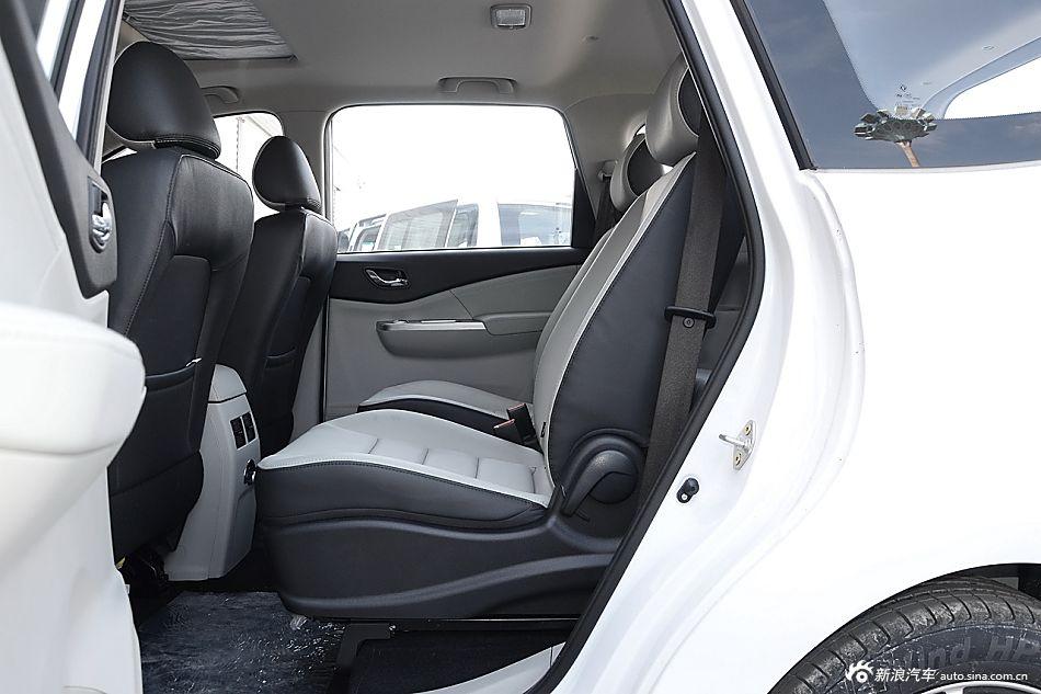 2016款风行S500 1.6L手动豪华型