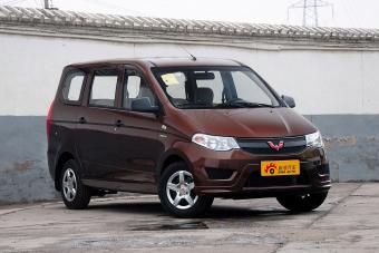 2015款五菱宏光S 1.5L基本型 国V