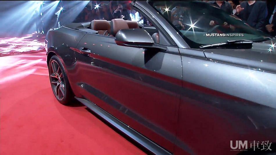 2015款福特Mustang敞篷版亮相