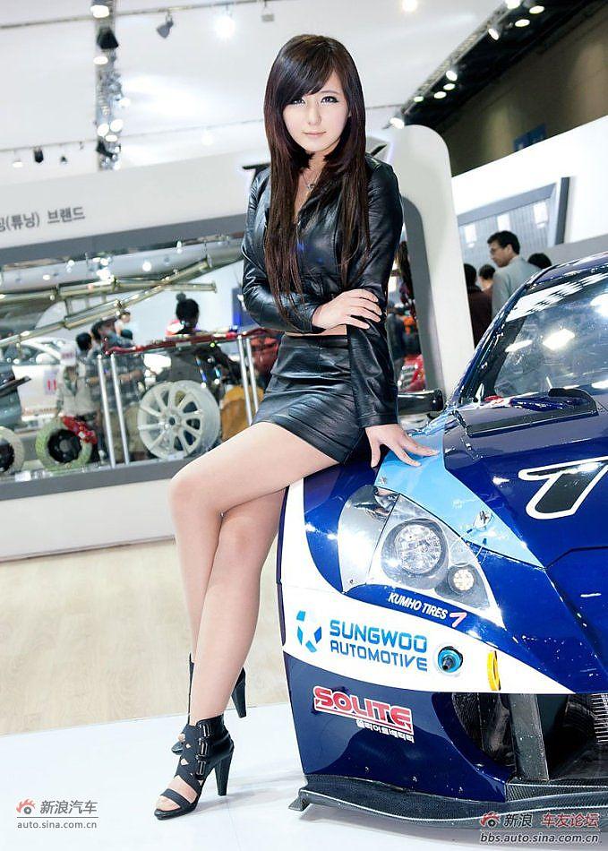 韩国可爱车模高清写真