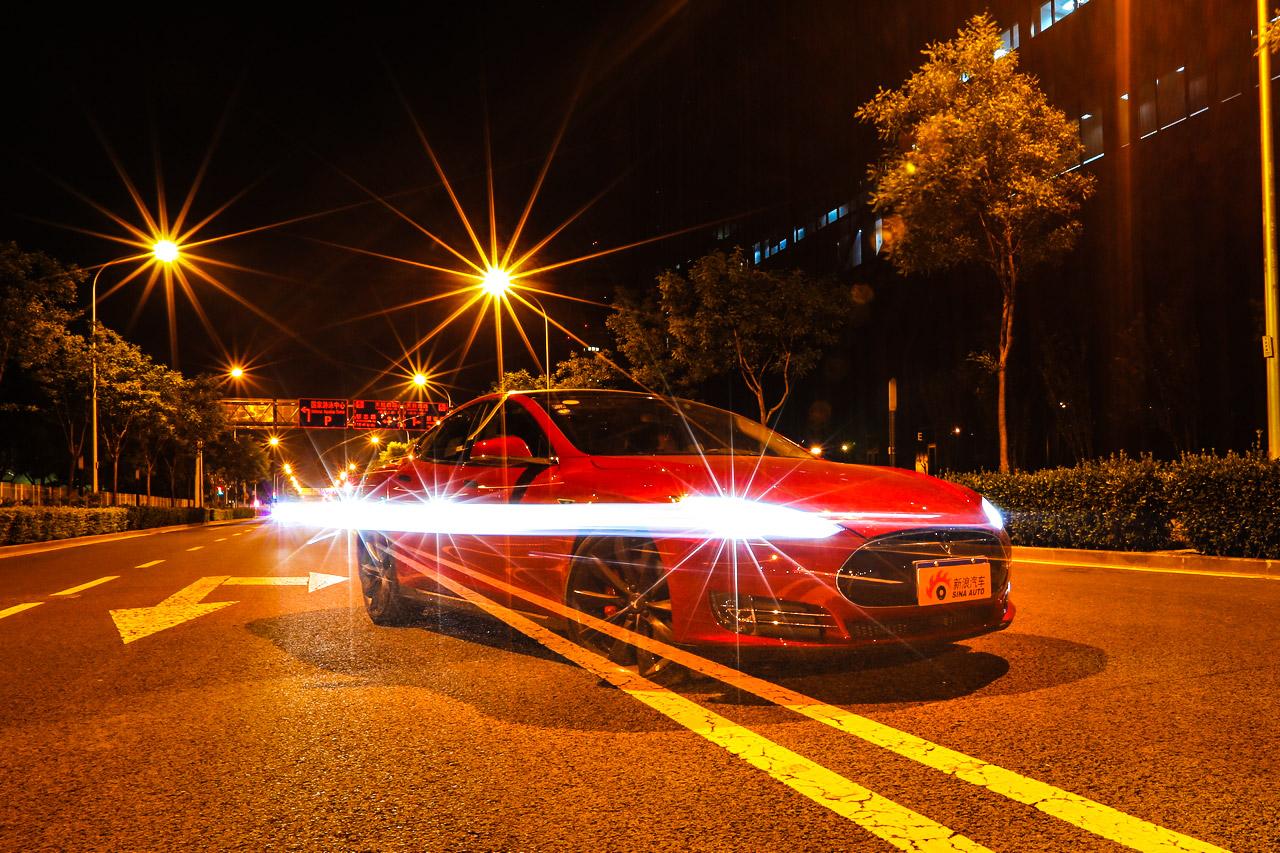 特斯拉MODEL S P85D试车高清大片
