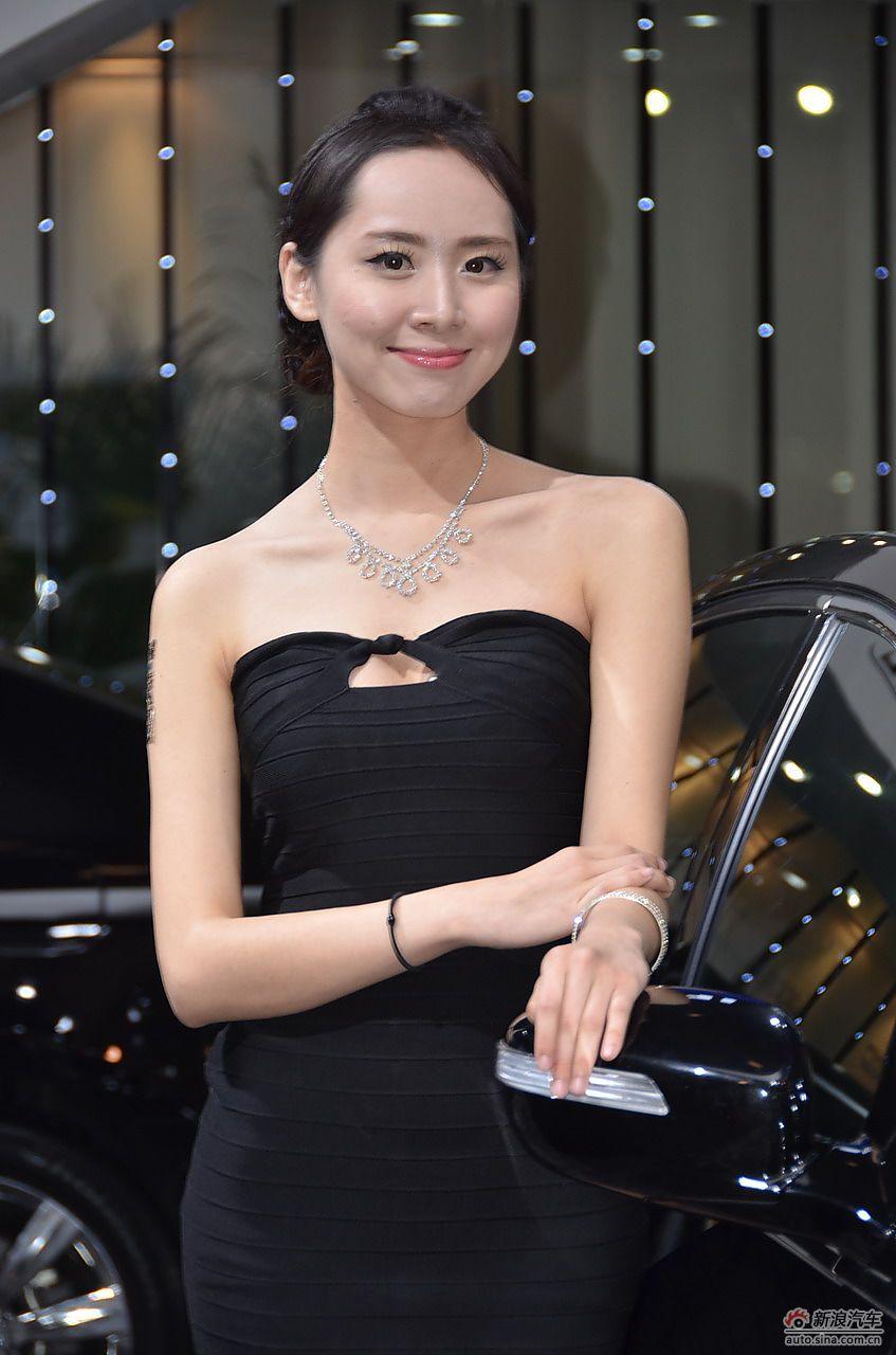 2013青岛国际车展模特高清图集_27088812_汽车图库