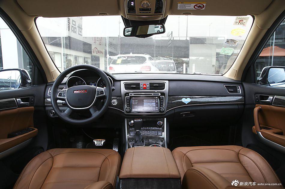 2015款哈弗H8 2.0T自动四驱豪华型