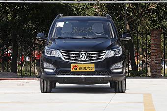 2015款宝骏560 1.8L手动精英型