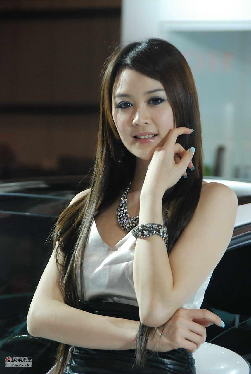 2011东莞美女汽车美女_8999245_车模图库主王宁车展播图片