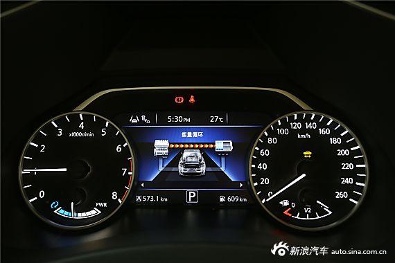 2015款楼兰2.5S/C HEV XV混动旗舰版