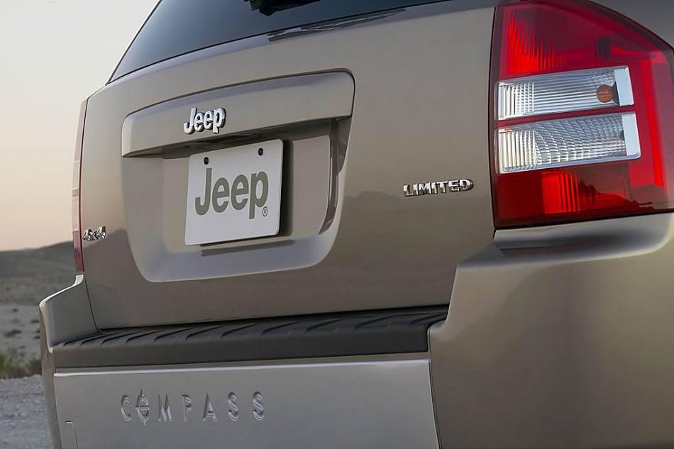 图片说明:全新Jeep指南者以时尚为名,被视为传统 Jeep造型的现代高清图片