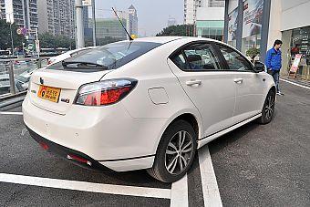 2014款MG6 1.8L掀背自动驾值版
