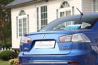2013款风迪思1.8L旗舰型CVT