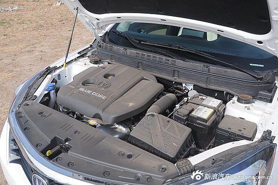 2015款悦翔V7 1.6L手动乐趣型