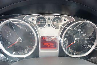 2011款福克斯三厢1.8自动时尚型内饰及细节