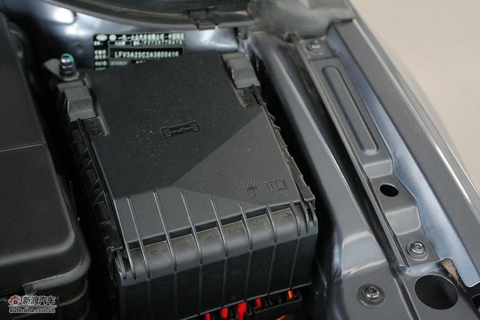 一汽大众CC发动机舱及悬挂实拍 大众CC引擎底盘图片318013高清图片