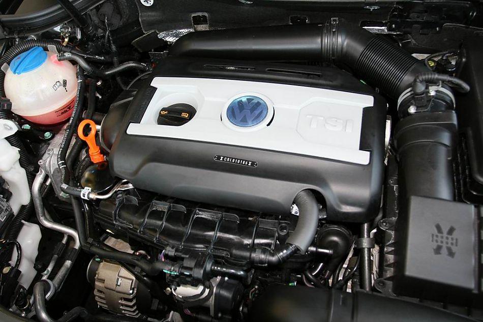 细节 迈腾引擎底盘图片3361 汽车图库 新浪汽车 -迈腾2.0TSI舒适型手高清图片