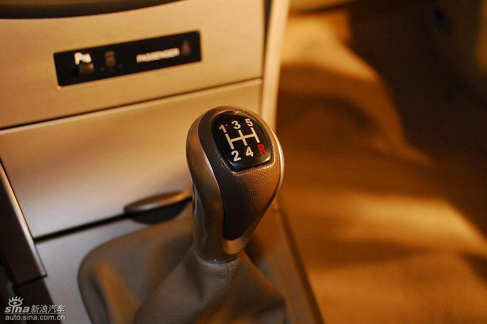 比亚迪g3上市现场新车内饰图 比亚迪g3图片206239 汽车图库 新浪汽车高清图片