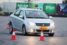 视频:新浪汽车2011年度车测评之长城腾翼C30