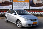 视频:新浪2011年度车测评之荣威350