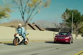 视频:2013超级碗广告--现代索纳塔Turbo