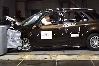视频:雪铁龙c4毕加索碰撞测试