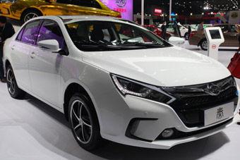 """视频:2013广州车展必看新车之比亚迪""""秦"""""""