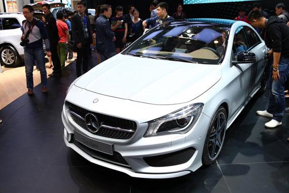 视频:2014北京车展必看车型之奔驰CLA