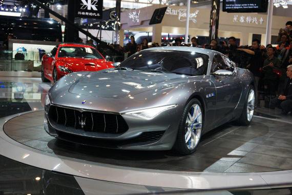 视频:2014北京车展豪车超跑玛莎拉蒂概念车