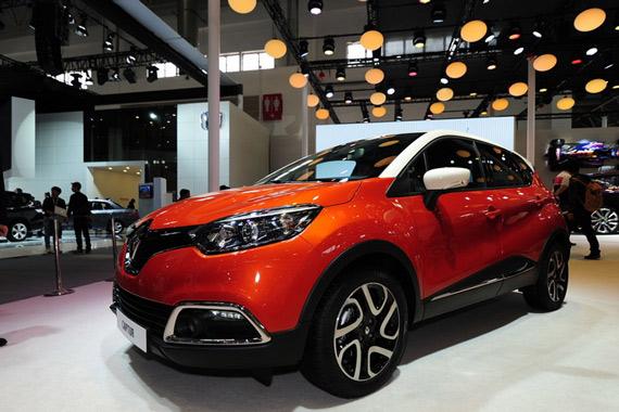 视频:2014北京车展热点SUV雷诺CAPTUR