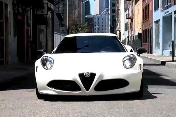 视频:2015款阿尔法罗密欧4C 魅惑亮相