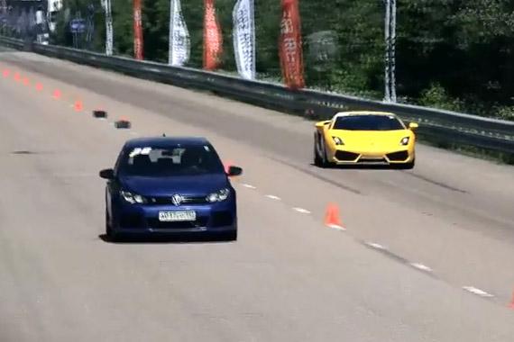 视频:莫斯直线加速赛 高尔夫R秒杀各种跑车