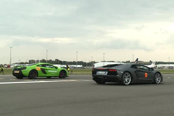 视频:迈凯轮650S直线加速战兰博基尼Aventador