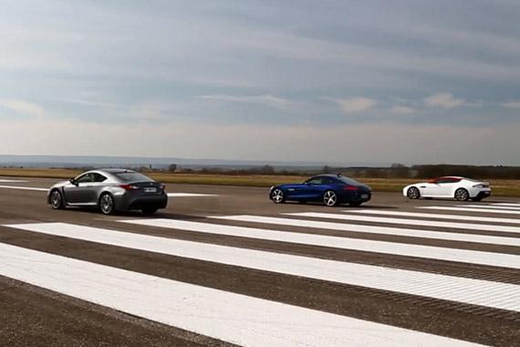 视频:三款热门跑车加速比拼 奔驰AMG GTS胜