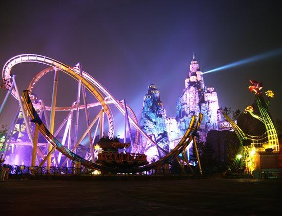 北京欢乐谷:五月惊喜连送 日夜舞动狂欢