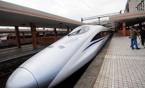 杭州市民可以选择高铁飞机组合模式出游