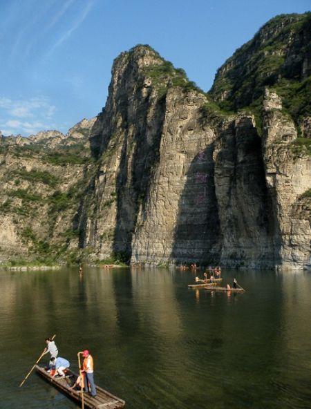 访河北野三坡 探秘远古巨石的学问