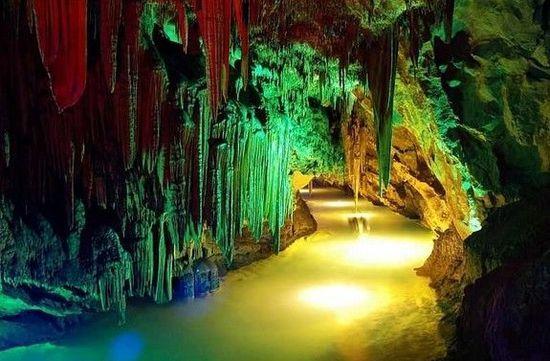 中国五大美丽的溶洞 本溪水洞