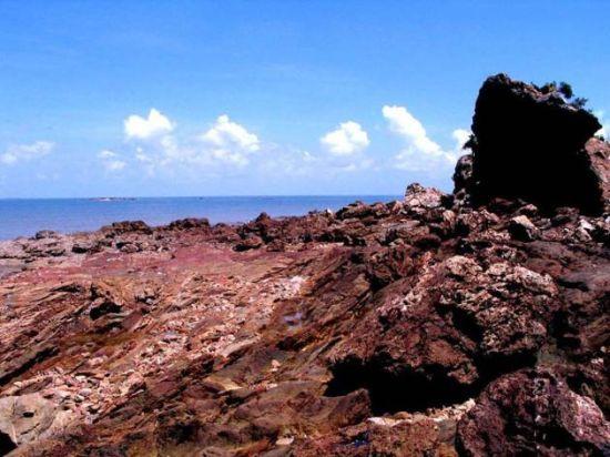 体验鲜为人知的防城港火山岛渔家乐