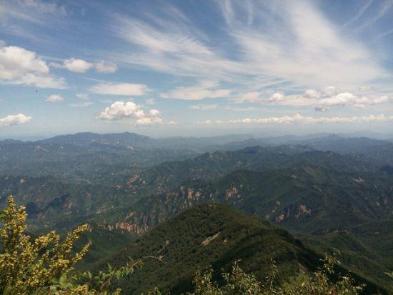 京郊雾灵山 感受高峰之上的冰凉圣境(图)
