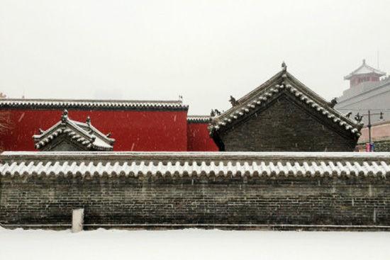 红墙白雪 关外紫禁城雪后盛景
