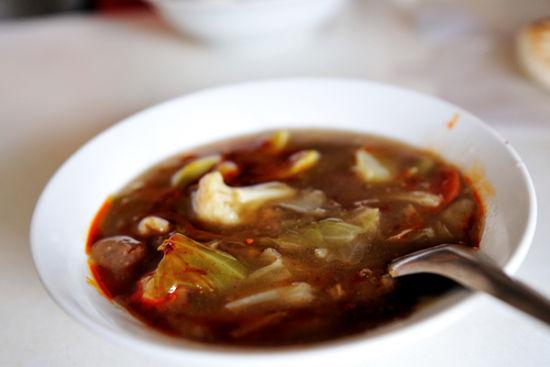 小编教你花样取暖 来陕西吃一吃肉丸糊辣汤