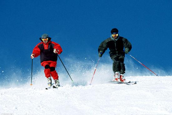 约上小伙伴 一起到伏羲岭滑雪去