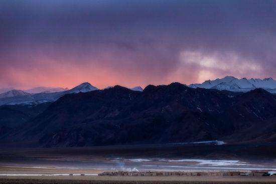 援藏故事:驻村住到山之巅