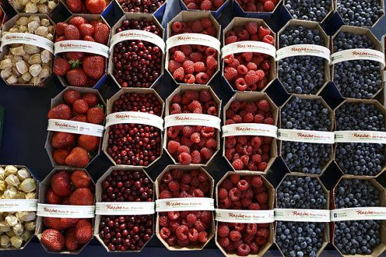 魁北克让塔隆市场:北美最大的菜市场