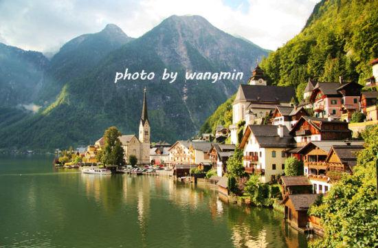 奥地利仙境般的最古老的小镇(组图)