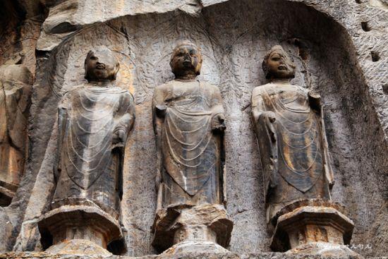 洛阳龙门石窟 神佛的光辉岁月
