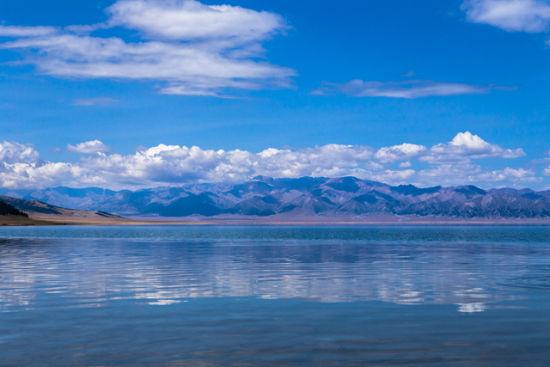 赛里木湖 滑落到人间的天使之泪