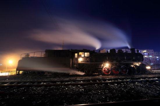 """时光记忆 蒸汽机车带你去""""穿越"""""""