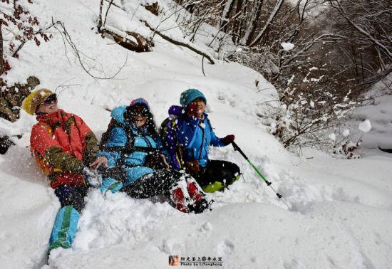 冰雪冬韵 关门山大峡谷徒步穿越