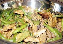 中国吉林长春餐饮特色菜:羊肉烧芸豆