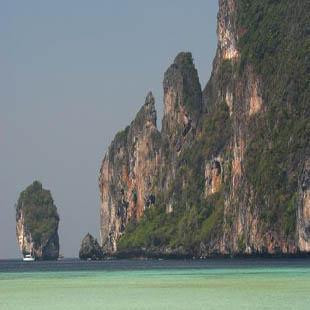 泰国皮皮岛周边景点介绍:罗达拉木湾